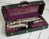 http://musicalmechanical.co.uk/files/gimgs/th-21_conn alto in case_v2.jpg